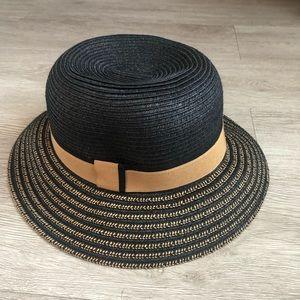 Accessories - Black & tan straw hat for ladies